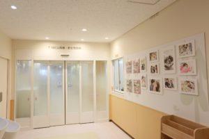 神奈川県立こども医療センターのNICUの入り口